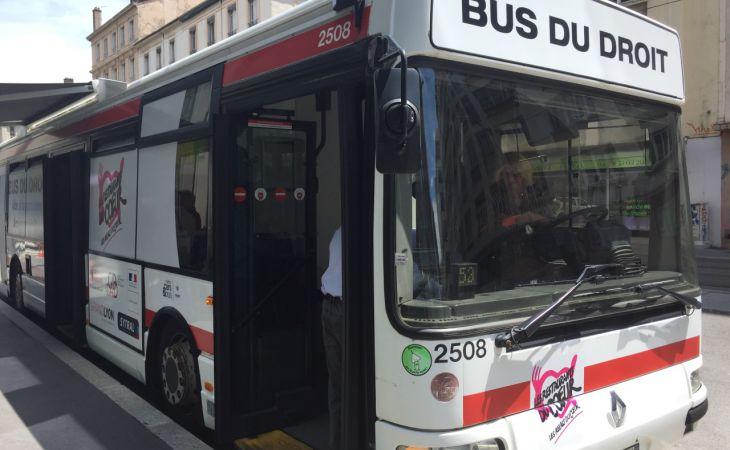 Le bus du droit : un accès au droit pour tous dans la ville de Lyon